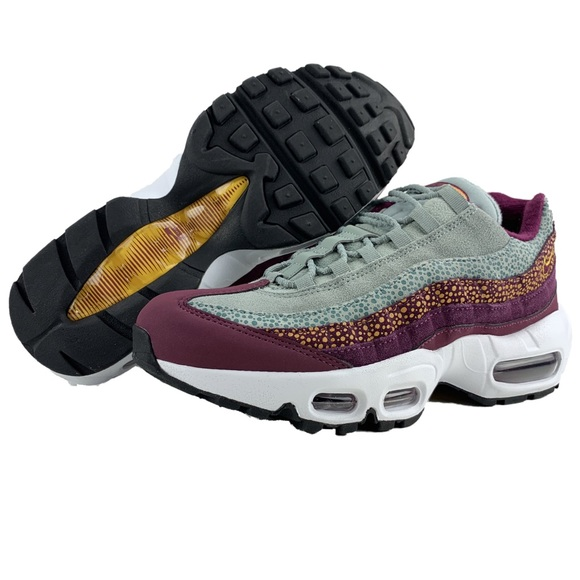 premium selection df48e fd935 Nike Air Max 95 premium NWT